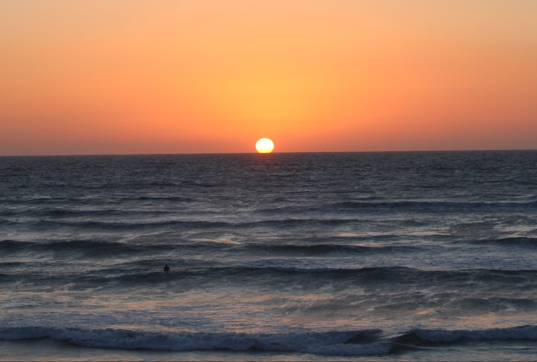 Base Surf Lodge - comfortable accommodation and surf escapes